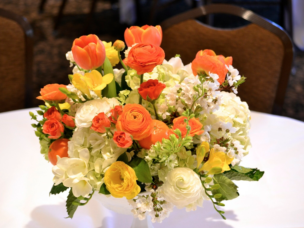 clementine arrangement wedding florist in utah calie rose