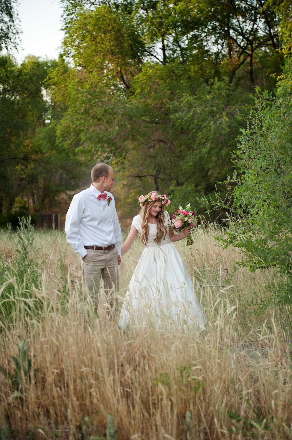 rustic wedding shoot utah wedding flowers calie rose