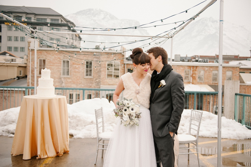 modern sleek cozy rooftop wedding utah wedding flowers calie rose