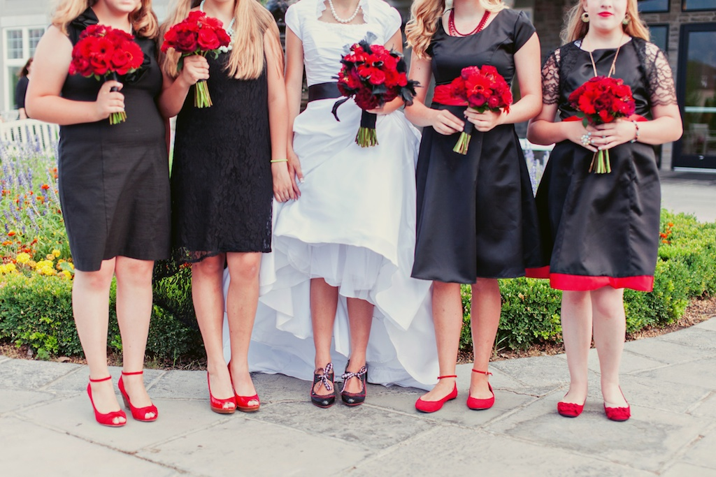 classic red bridesmaids bouquets utah wedding flowers calie rose stephanie sunderland photography sleepy ridge wedding