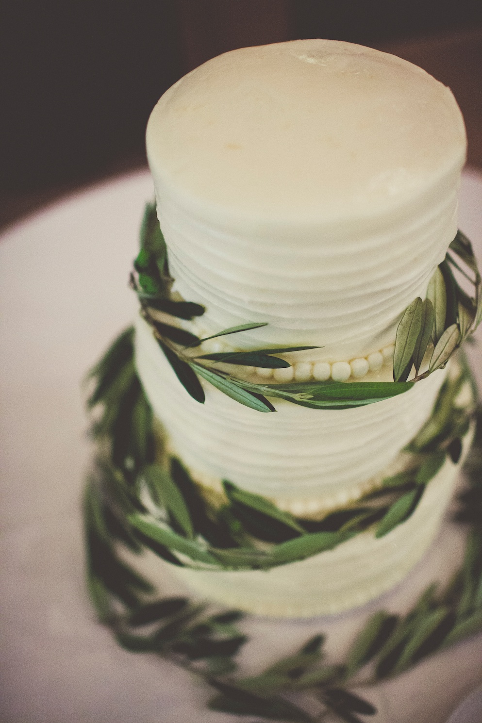 Russian Olive wedding cake Sundance Resort Wedding utah florist calie rose sarah kathleen photography