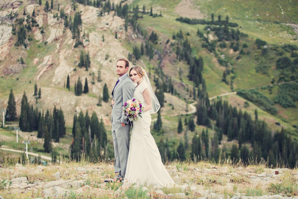 utah mountain bridal pictures stephanie sunderland photography utah wedding florist calie rose