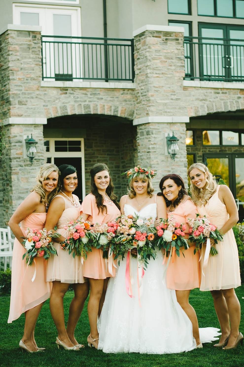 coral peach wedding flowers coral peach bridesmaids flowers coral peach wedding bouquet utah florist calie rose sleepy ridge reception center chantel marie photography