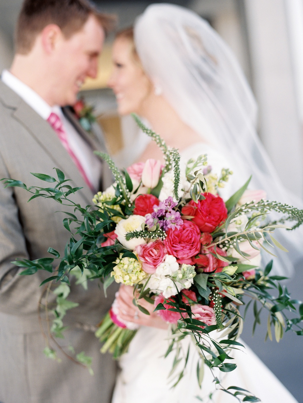 spring wedding flowers pink garden rose organic style bouquet wedding flowers utah calie rose utah weddings