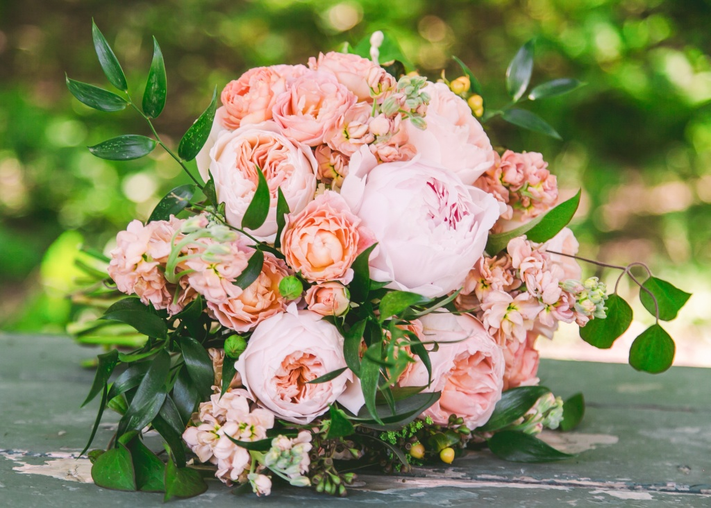 romantic peach blush garden rose peony wedding bouquet flowers utah calie rose - Blush Garden Rose Bouquet