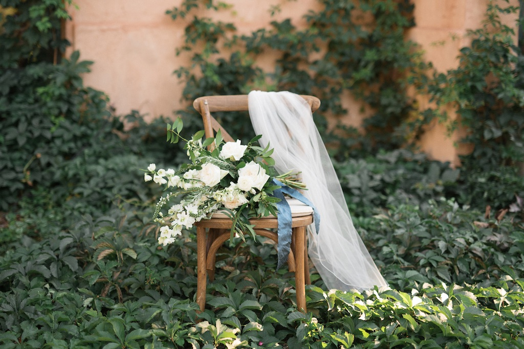 stunning utah weddings, white green wedding bouquets, white green blue wedding inspiration, tuscan wedding inspiration, cradle bouquet, elongated bouquet, white and green flower wedding, wedding flowers utah calie rose