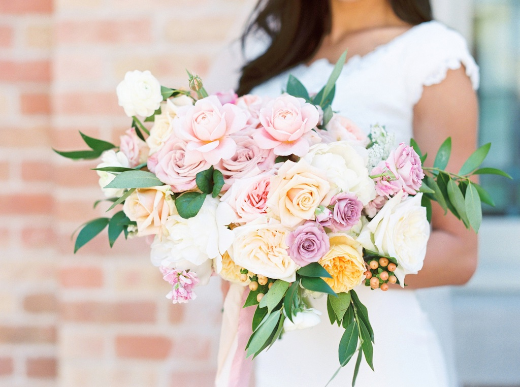 stunning wedding bouquets, gorgeous wedding bouquets, romantic lavender peach mauve blush pink wedding bouquet inspiration ideas utah calie rose