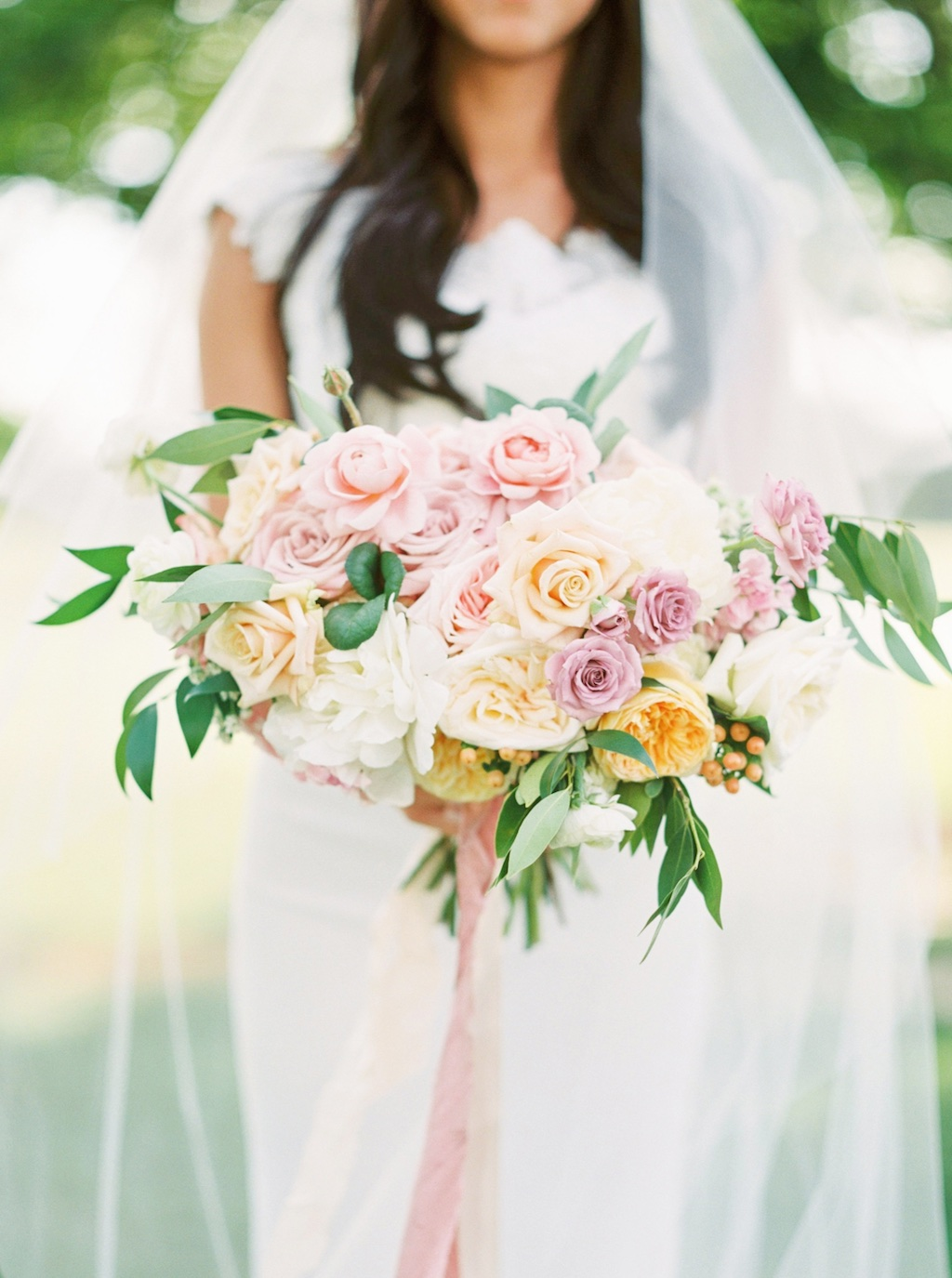 stunning summer wedding bouquets, gorgeous summer wedding bouquets, romantic lavender peach mauve blush pink wedding bouquet inspiration ideas utah calie rose