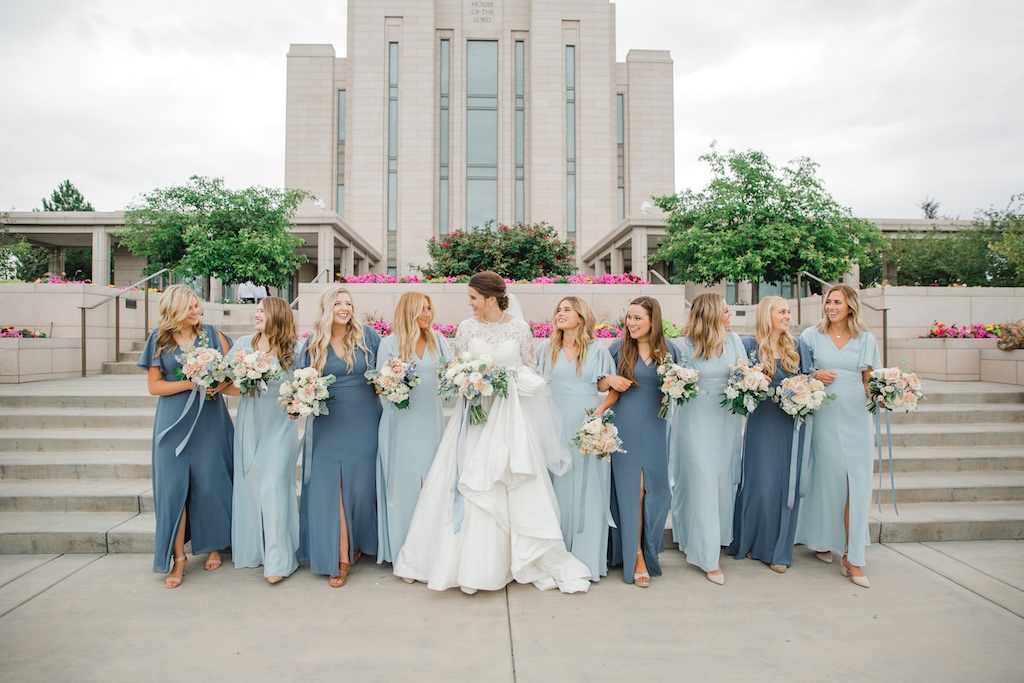 dusty rose and dusty blue wedding